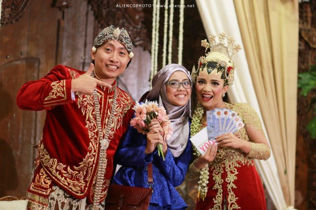 voucher-hadiah-wedding-hadiah-voucher-lemapar-bunga-hand-bouquet-alienco-photography